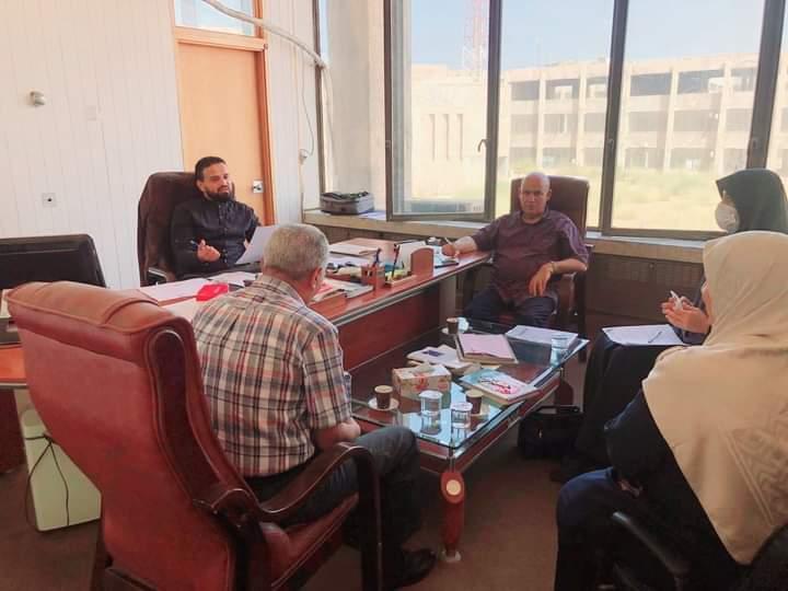 اجتماع لجنة الدراسات العليا بكلية القانون